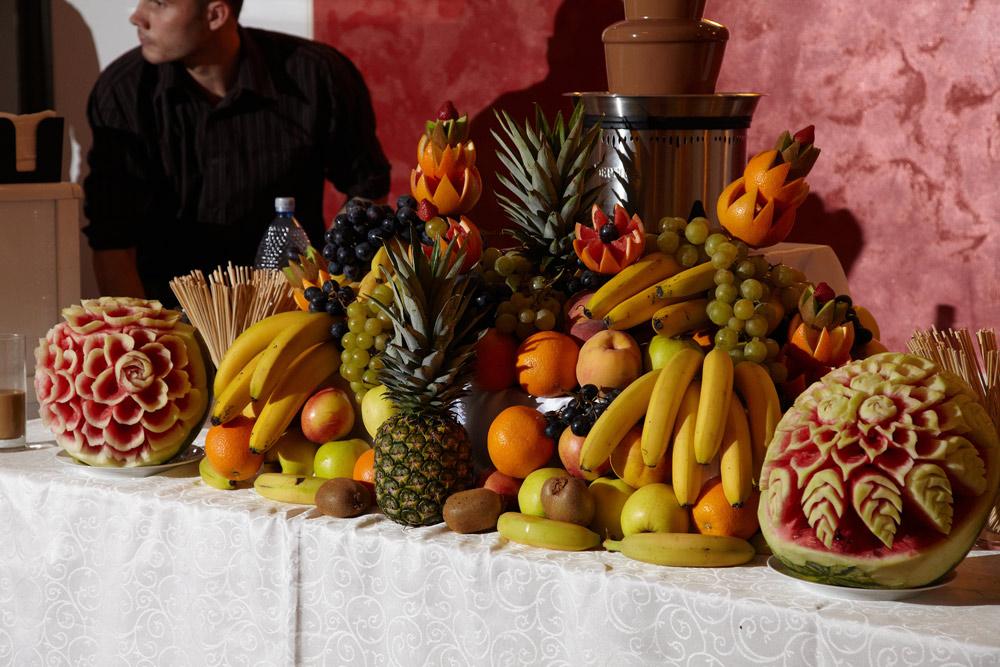 bufet de fructe