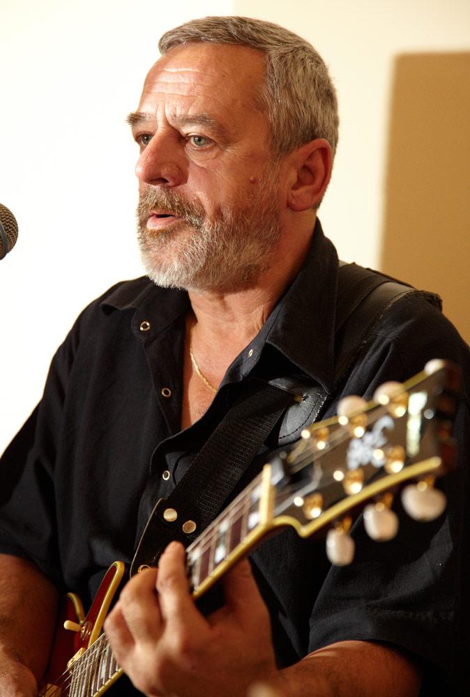 chitarist si vocalist la nunta