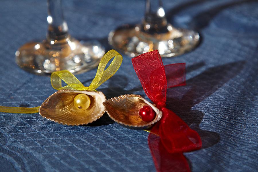 scoici continand perle ca marturii de nunta