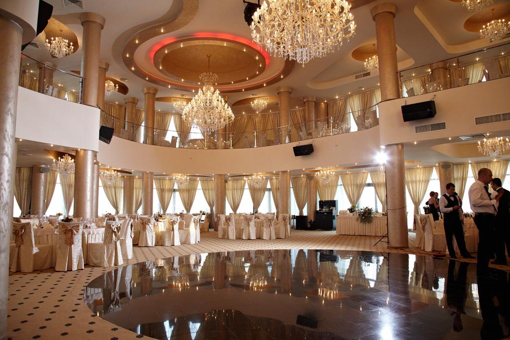 balcoane interior Ballroom