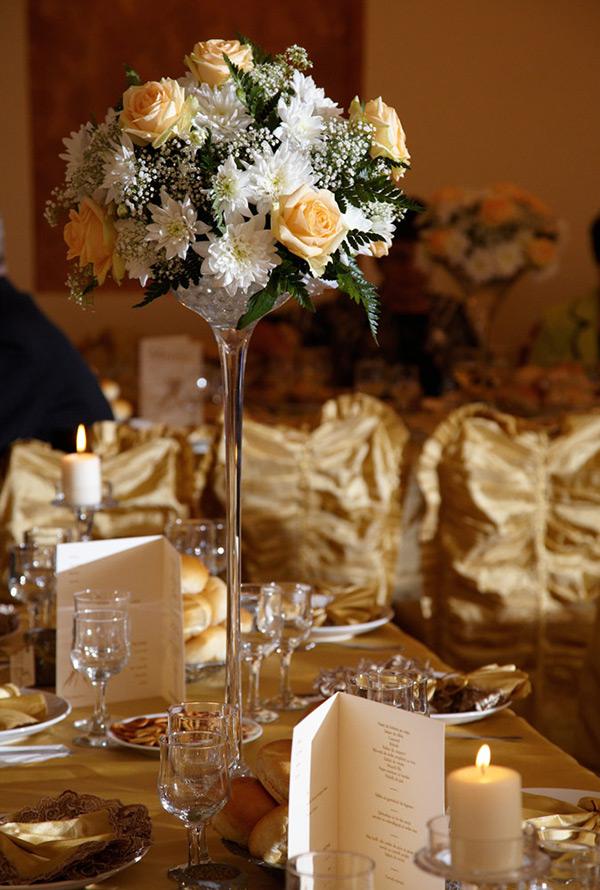 detaliu de la o masa de la nunta