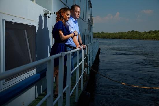 cu vasul pe Dunare
