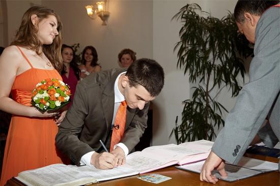 semnatura in fata ofiterului starii civile