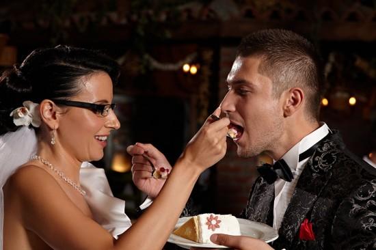 mireasa si mirele manaca tort prin reciprocitate