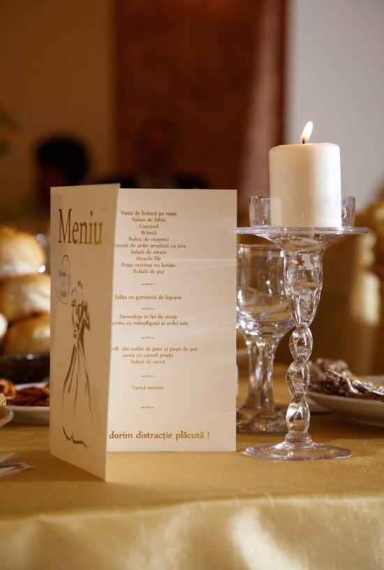detaliu de pe masa de nunta