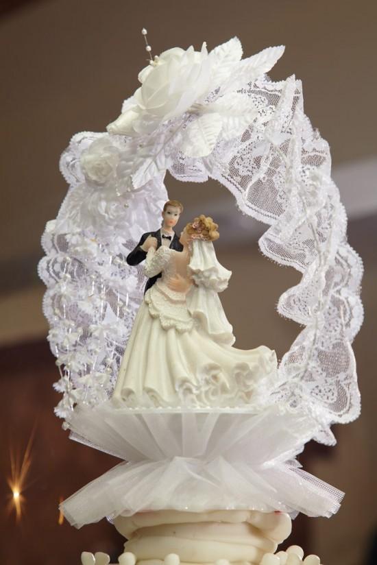 detaliu de pe tortul de nunta