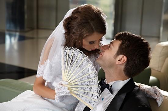 o sarutare pe sub evantai